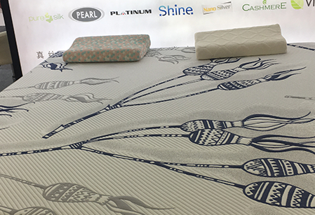 Briefly analyze the advantages and disadvantages of knitted cotton mattress fabrics?